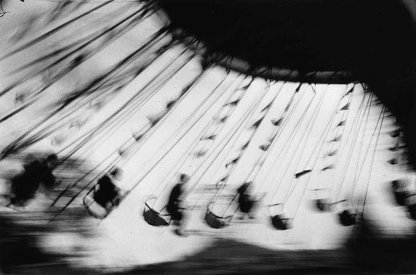 Ernst Haas  London Festival Garden (1950)