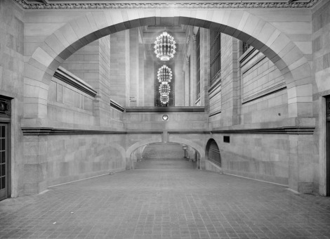 Incline from subway to suburban concourse, Grand Central Terminal, New York, ca 1912