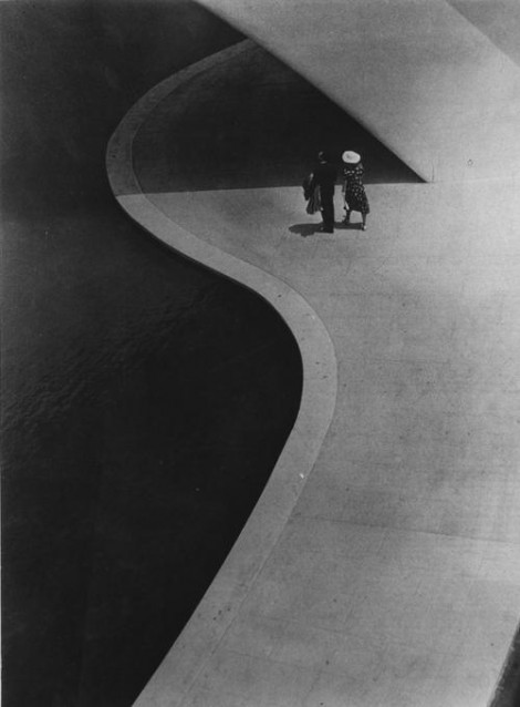 In the Shadow of the Trylon, New York World's Fair, 1939, Stanley Rayfield