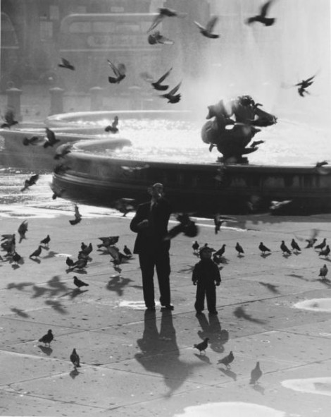 Trafalgar Square, London, 1953. Photographed by Wolfgang Suschitzky.