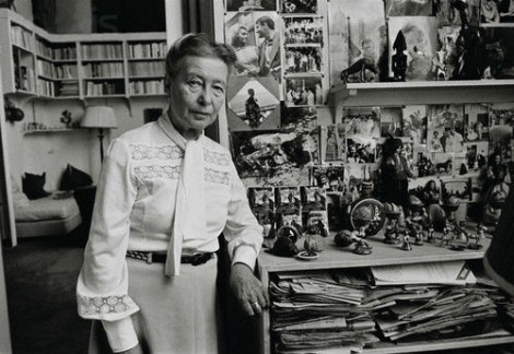 Simone de Beauvoir in her apartment in Paris, 1976. Photo Jacques Pavlovsky