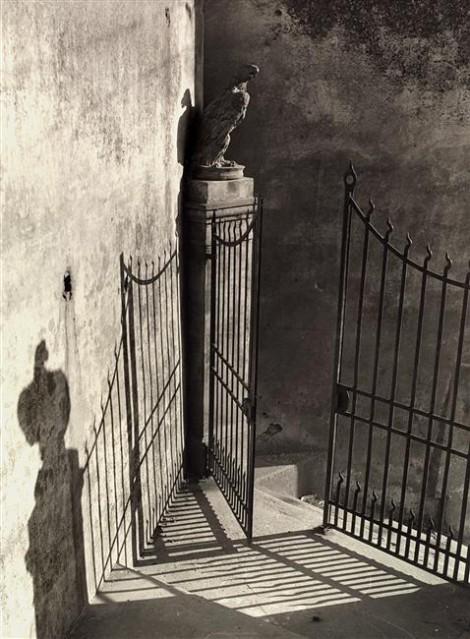 Vincenzo Balocchi Portal, Florence, Italy. c1950.
